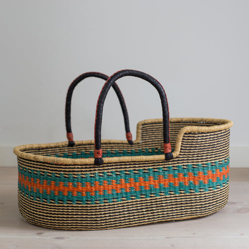 KINGFISHER moses basket [shipping w/c 13th August]