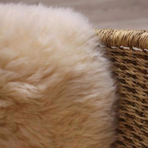Long hair / shaggy baby sheepskin - natural
