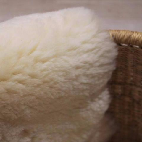 Shorn / cropped natural baby sheepskin - Oaty