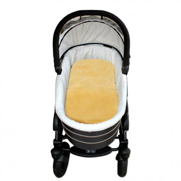 Sheepskin Pram Bassinet Liner Shorn / Cropped - Oaty [shipping by mid May]