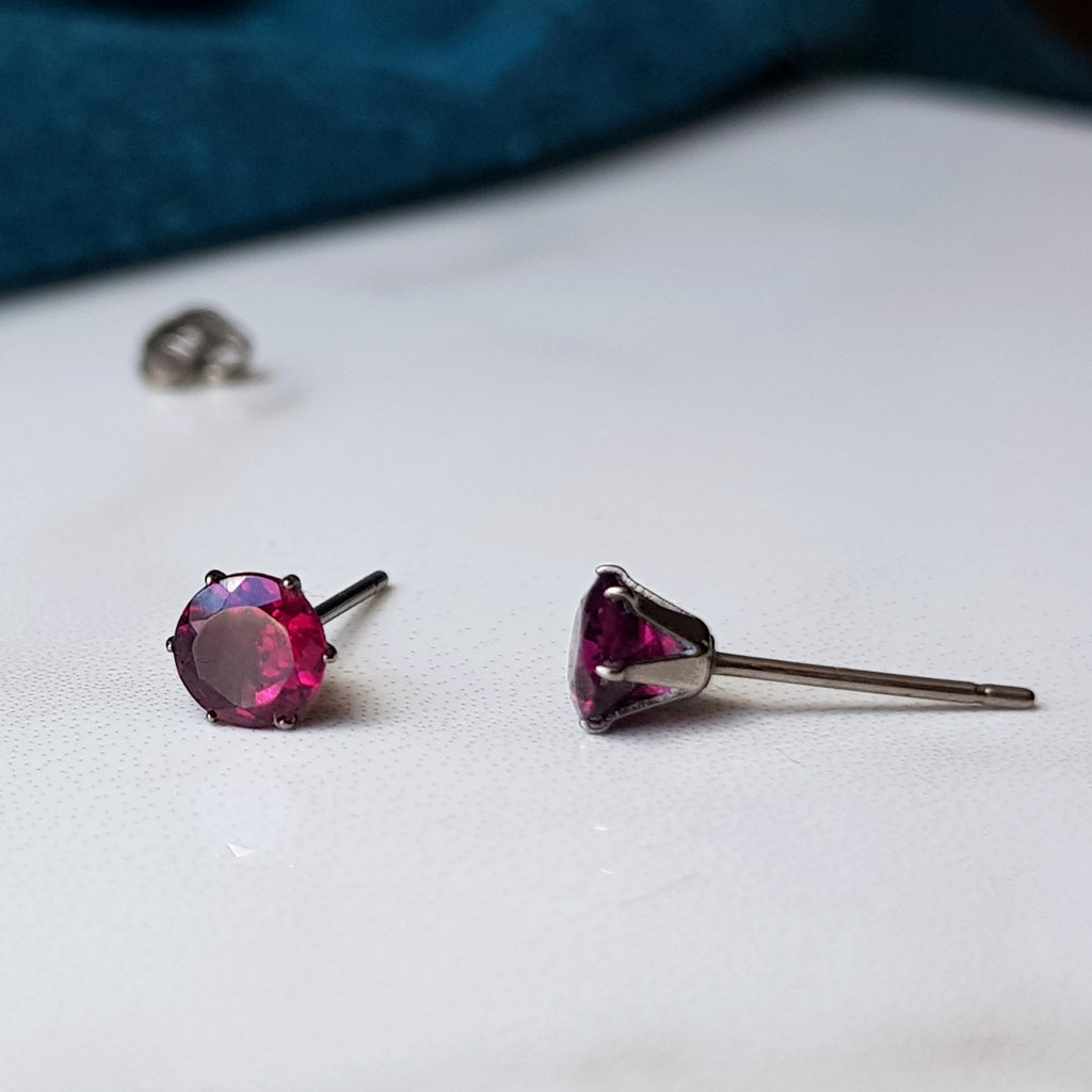 Faceted titanium garnet earrings