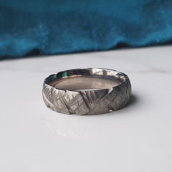 Titanium Ring, Heavy Grooves 6mm Band