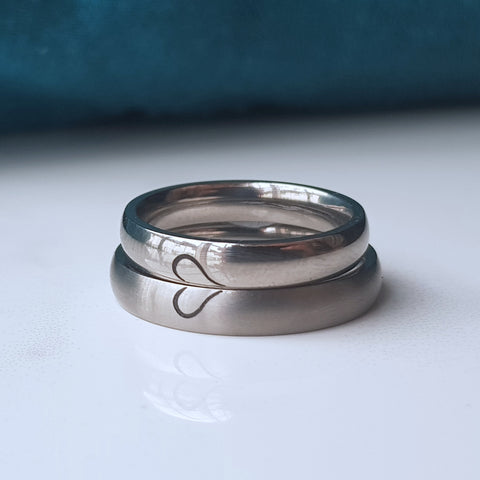 products/titanium_heart_ring_-1.jpg