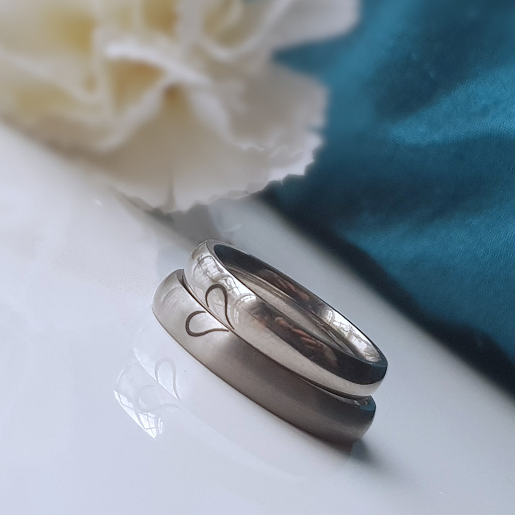 titanium ring matching heart couples ring engraved