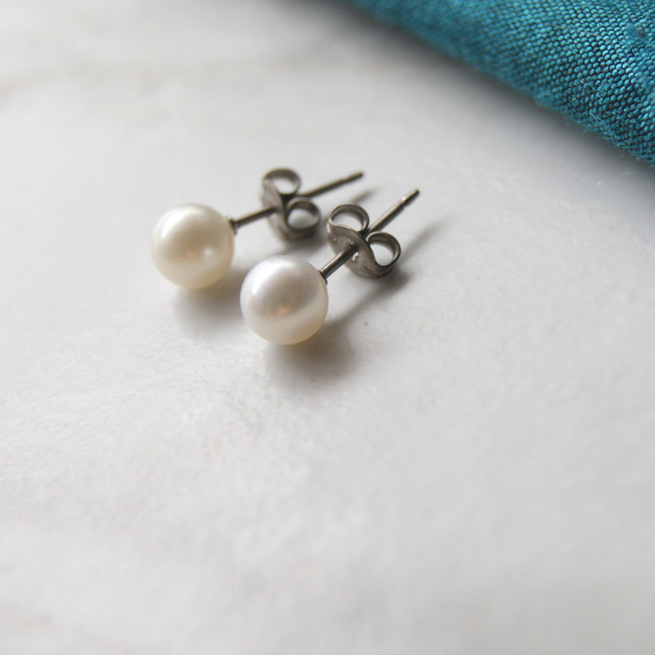 Large white pearl titanium earring Pearl titanium earrings. allergy free pearl titanium stud earrings
