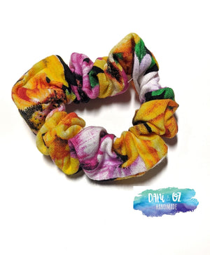 Sunflower Scrunchie - Medium