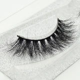 Buy our Flashy Eyelashes from our 3D Mink Eyelash Collection. These lashes are great for any makeup artist or beauty blogger.