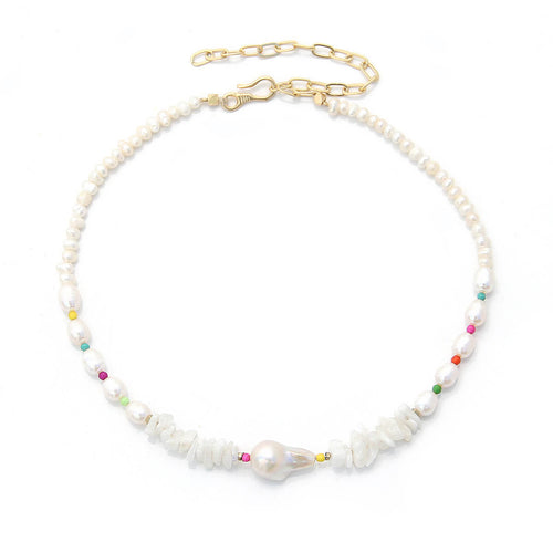 Wild Pearls Choker Necklace with colorful beads