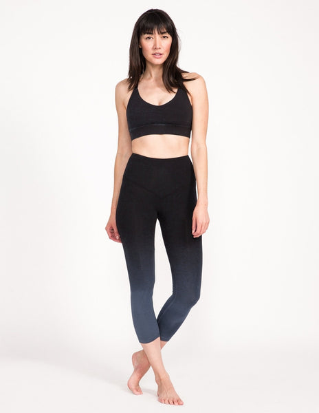 Surrender 3/4 Legging - Obsidian Ombre - Leggings