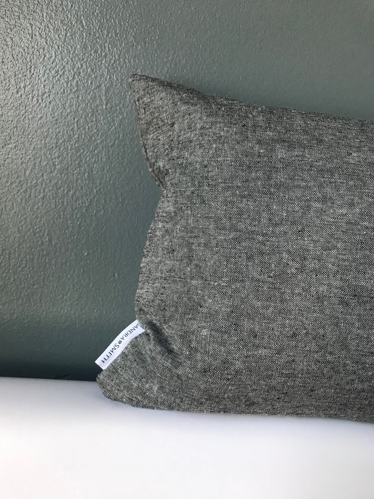 QUEENS NY PILLOW | Onyx Linen