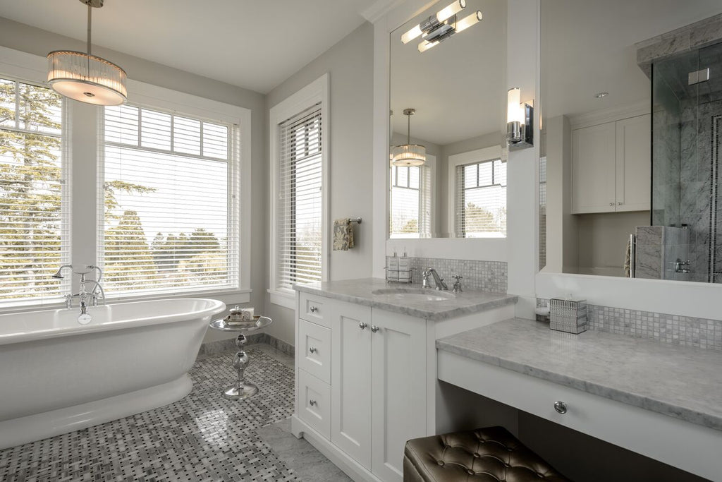 Automatic blinds in modern bathroom