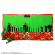 Japanese Butterflies - Large Brush Wrap (21 Pockets)