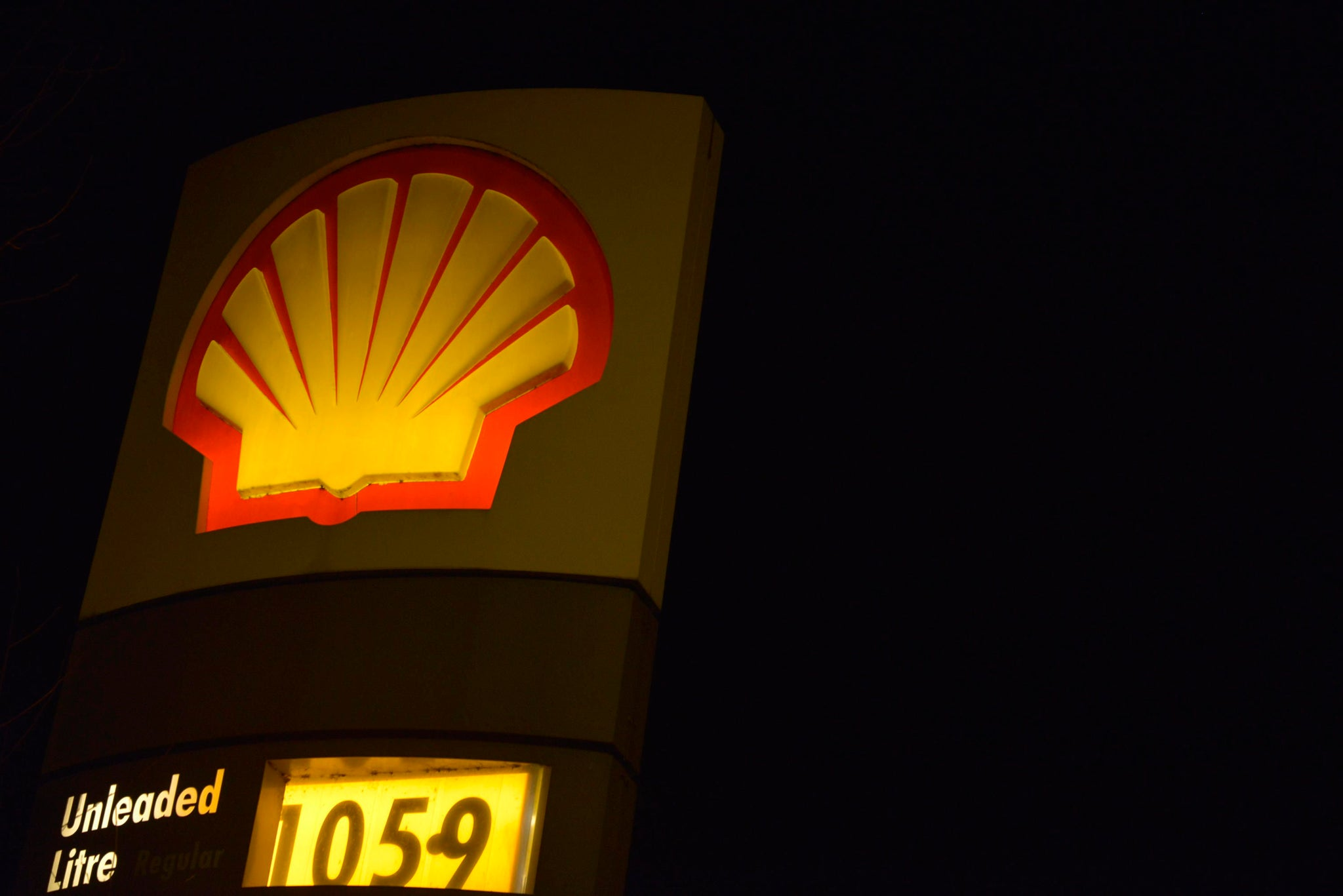 Oil giant Shell to Acquire Large Electric Charging Company
