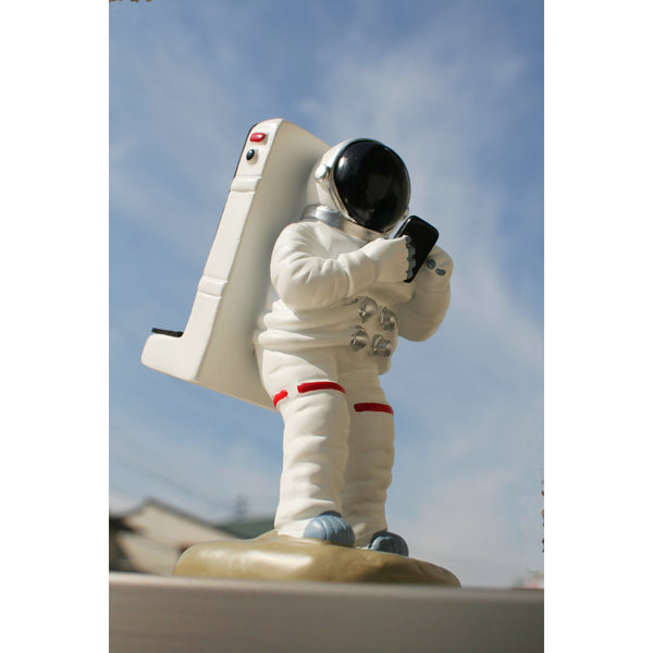 Astronaut Cell Phone Stand