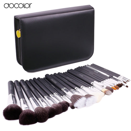 29 Pc Natural Bristle, High Quality Makeup Set With Case.