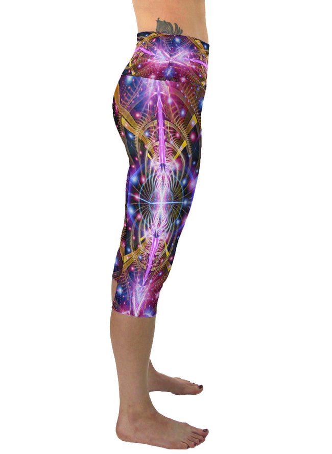 Karuna | Cropped | Leggings | Capri | Pants | Yoga | Workout | Gym | Festival | Rave | Outfit | Clothing | High Waisted | Psychedelic
