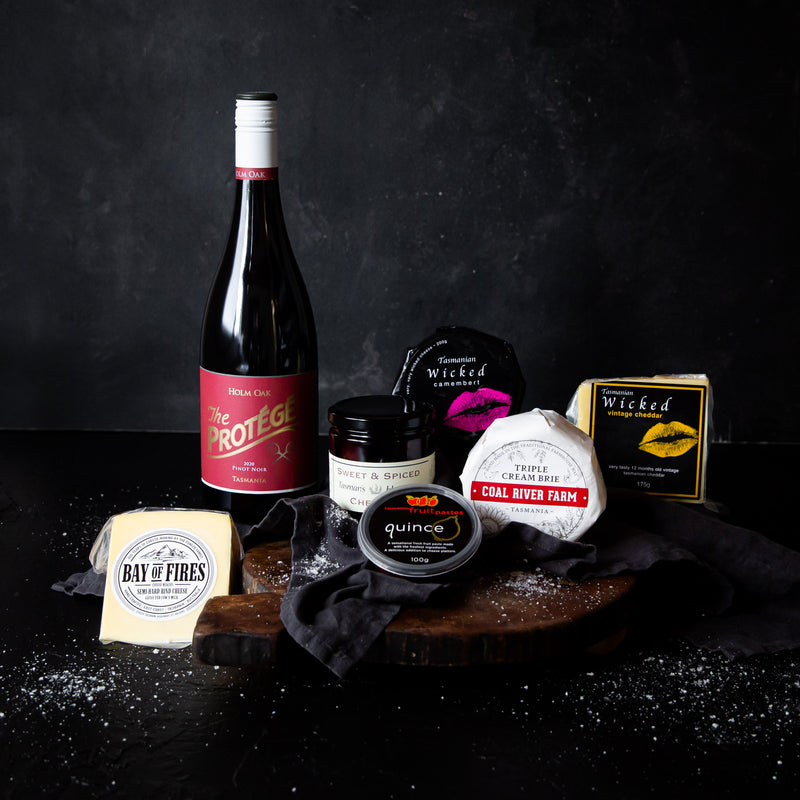 Tasmanian Cheese Platter with Pinot Noir