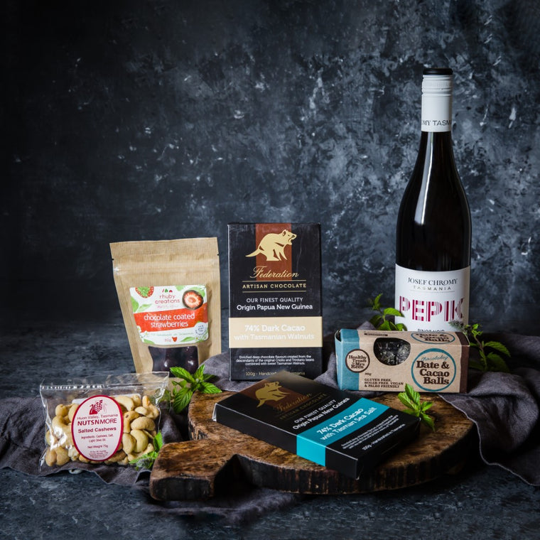 Sweet Vegan Gift with Vegan Wine