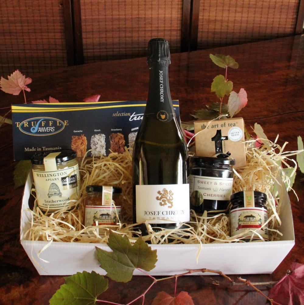 Gourmet Hamper with a Tasmanian Sparkling Wine