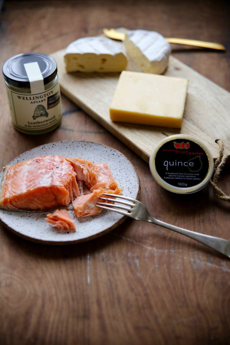 Tasmanian Salmon, Cheese and Leatherwood Honey Gift Basket - Tasmanian Gourmet Online