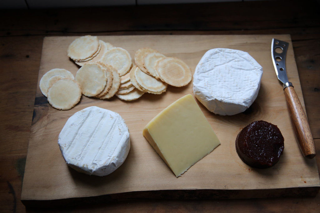 Tasmanian Cheese Selection Gourmet Cheese Hamper - Tasmanian Gourmet Online