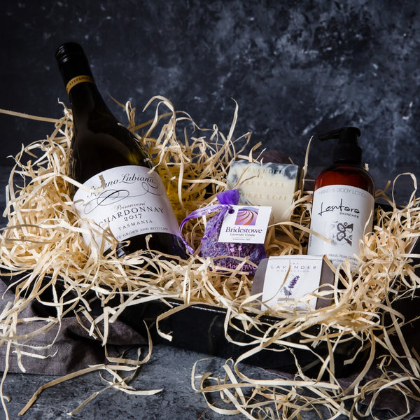 Mothers Day Vegan Pamper Hamper with Vegan Wine