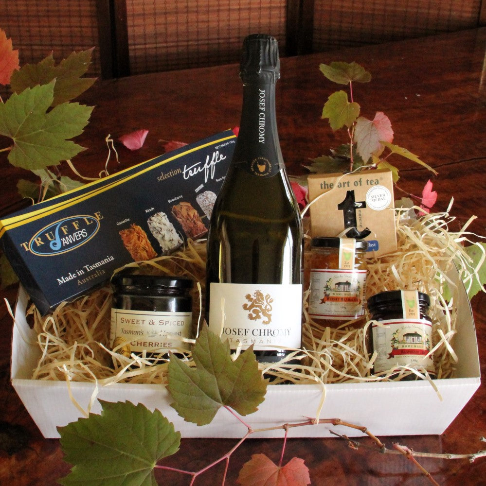 Gourmet easter gift hamper with a tasmanian sparkling wine gourmet easter gift hamper with a tasmanian sparkling wine tasmanian gourmet online negle Images