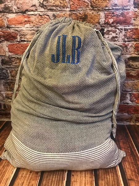 Monogrammed laundry bag ~ graduation gift ~ groomsman gift ~ off to college - Blush & Company Designs