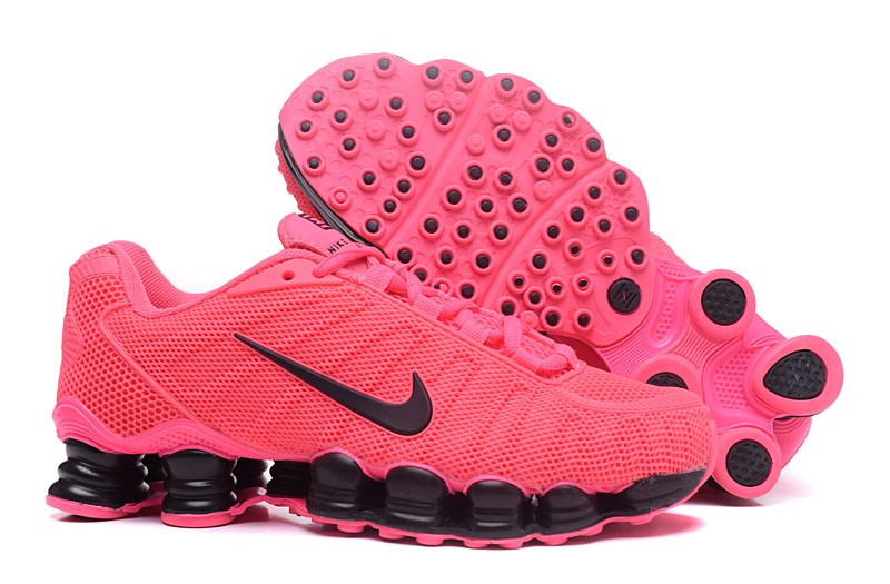 uk availability 6ef61 64f7a Women s Nike Shox TLX Running Shoes Pink Black
