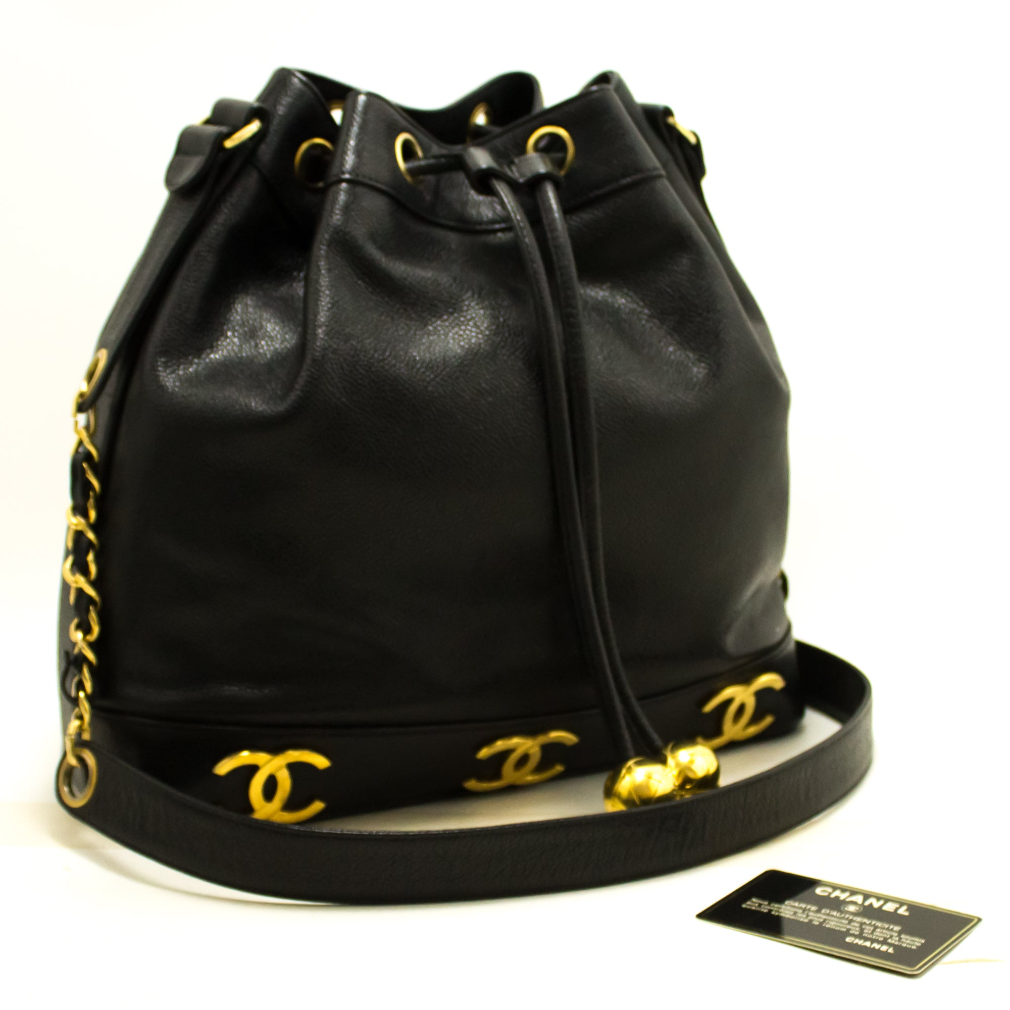 5ab272f33053 ... CHANEL Caviar Drawstring Chain Shoulder Bag Black Triple Coco R21-Chanel-hannari-shop  ...