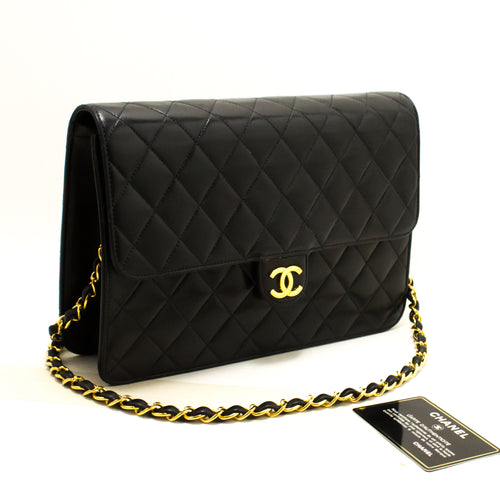 CHANEL Chain Shoulder Bag Clutch Black Quilted Flap Lambskin Q81