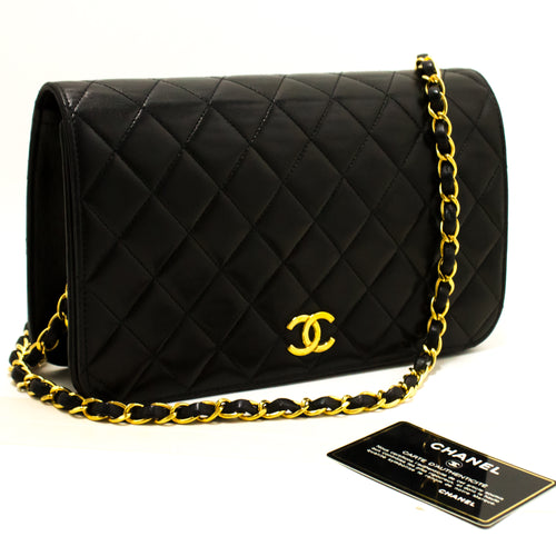 CHANEL Chain Shoulder Bag Clutch Black Quilted Flap Lambskin Purse Q85