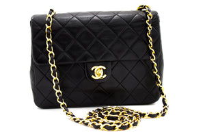 CHANEL Mini Square Small Chain Bag Spalla Crossbody Black Purse t32