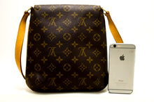 Louis Vuitton Musette Salsa Short Strap Monogram Shoulder Bag p42