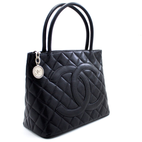CHANEL Silver Medallion Caviar Shoulder Bag Mea kūʻai Tote Black x04 hannari-shop