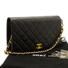 CHANEL Chain Shoulder Bag Clutch Black Quilted Flap Lambskin n86