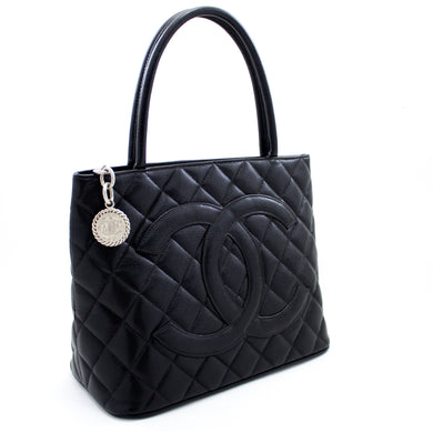 CHANEL Zilveren medaillon kaviaar schoudertas Shopping Tote Black t42-hannari-shop