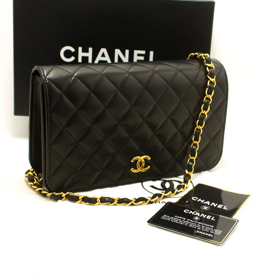 CHANEL Chain Shoulder Bag Clutch Black Quilted Flap Lambskin Purse p54
