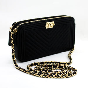 CHANEL Boy V-Stitch Black Caviar WOC Wallet On Chain Doube ዚፕ x18 hannari-shop