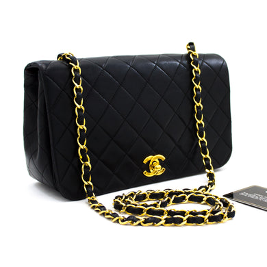 CHANEL Chain Shoulder Bag Crossbody Black Quilted Flap Lambskin t99