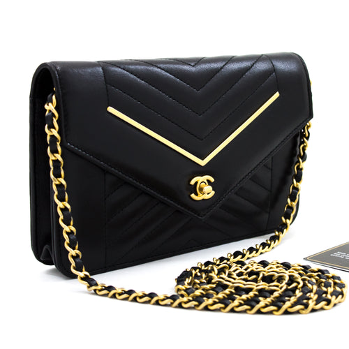 CHANEL V-Stitch WOC Wallet Ma ka Chain Black Shoulder Bag Cross x10 hannari-shop