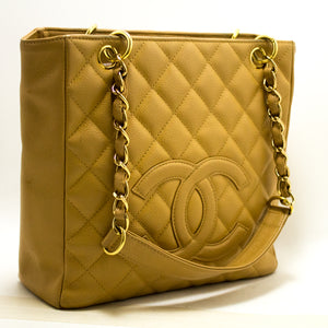 CHANEL Caviar PST ჯაჭვის მხრის ჩანთა Shopping Tote Beige Quilted p88-Chanel-hannari-shop