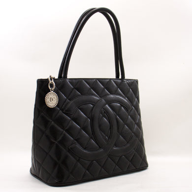 CHANEL Silver Medallion Caviar Shoulder Bag Shopping Tote Black a10 hannari-shop