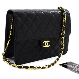 CHANEL Small Chain Shoulder Bag Clutch Black Quilted Flap Lambskin t01