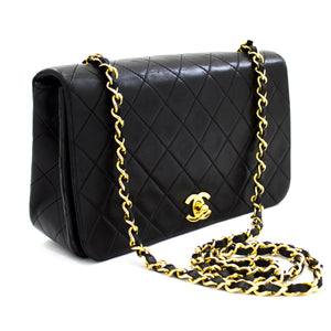 CHANEL Chain Shoulder Bag Crossbody Black Quilted Flap Lambskin t75