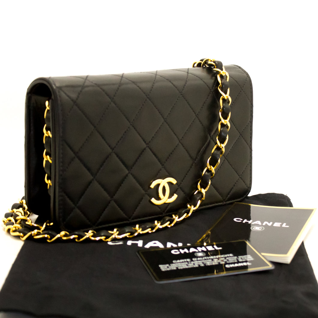 CHANEL Small Chain Shoulder Bag Clutch Black Quilted Flap Lambskin k59