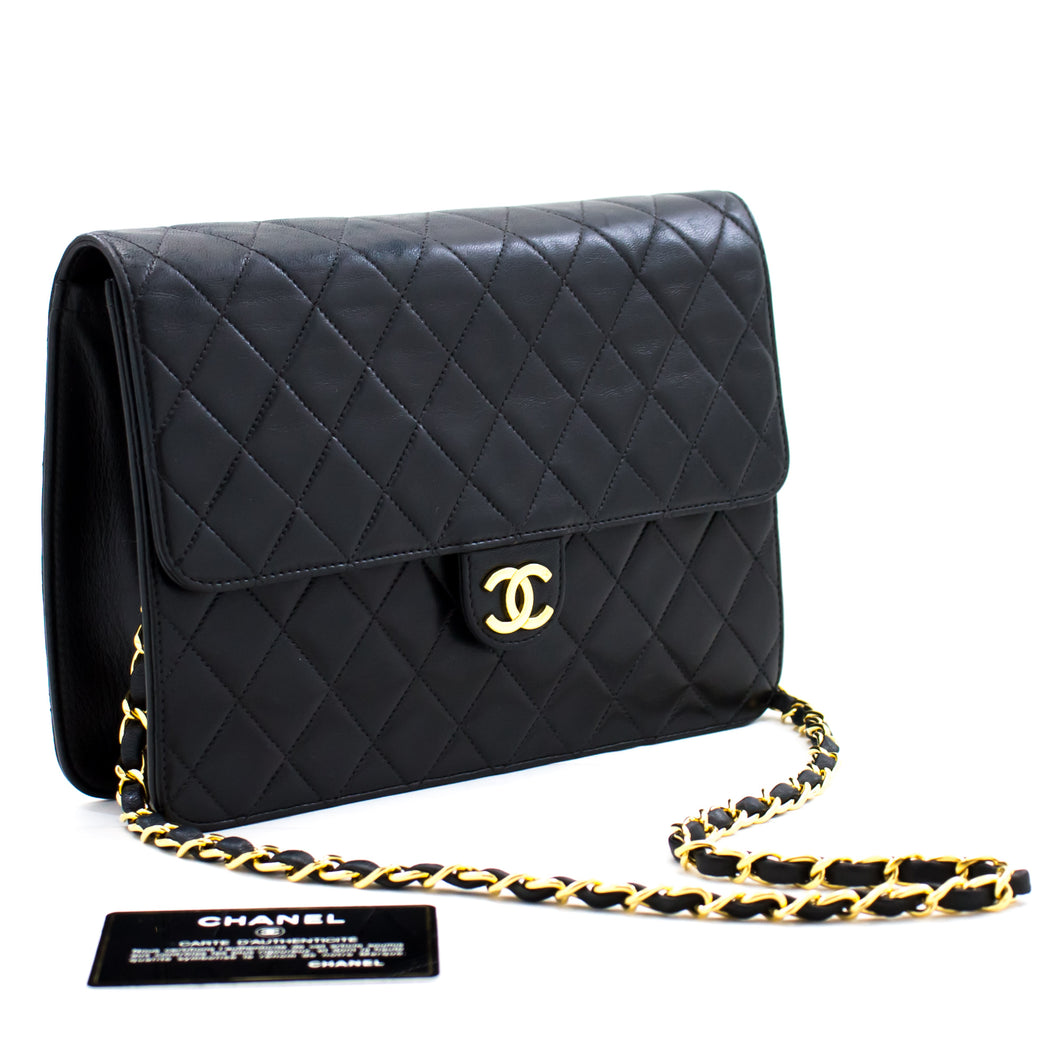 CHANEL Chain Shoulder Bag Clutch Black Quilted Flap Lambskin Purse b82 hannari-shop