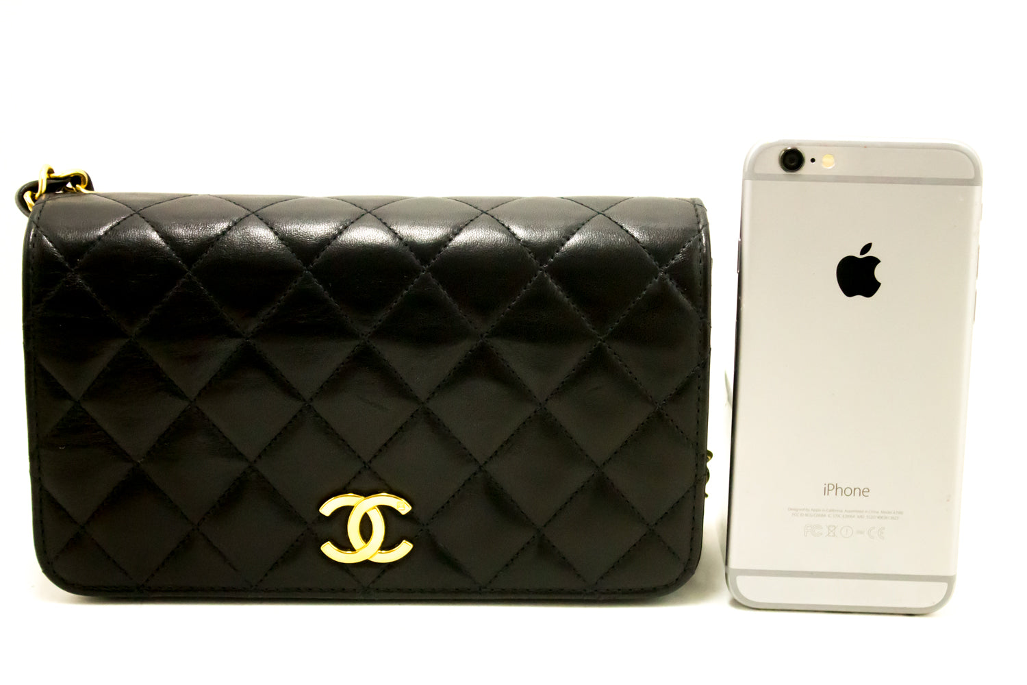 e2f0b898689a ... CHANEL Small Chain Shoulder Bag Clutch Black Quilted Flap Lambskin k35- Chanel-hannari- ...