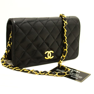 CHANEL Chain Shoulder Bag Clutch Black Quilted Flap Lambskin Purse m51