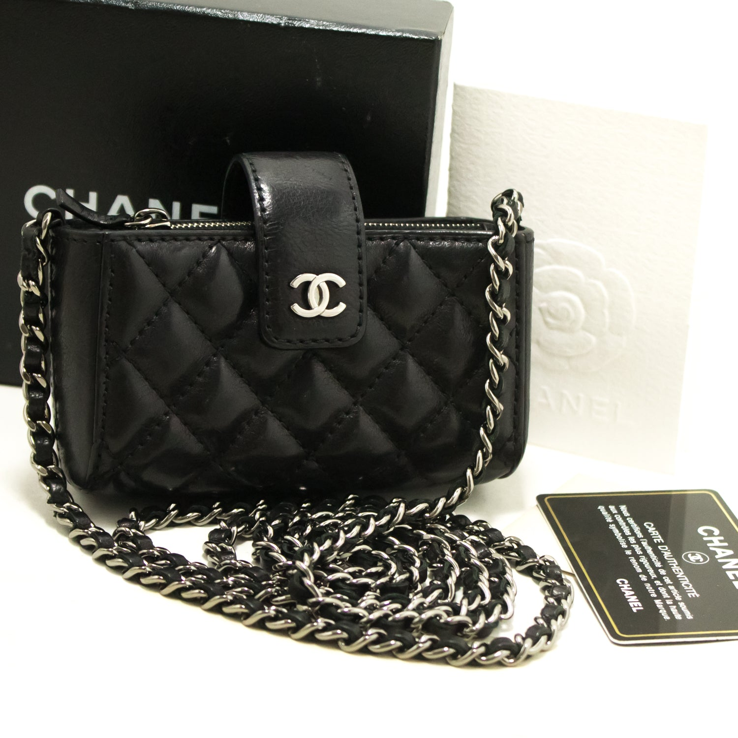 ... CHANEL Mini Small Chain Shoulder Bag Crossbody Black Quilted Lamb m88  ... 84a79a5990d93